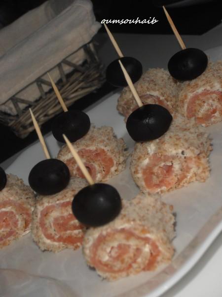 mini roulé salé au saumon- mini roulé saumon- roulé saumon- apéritif saumon