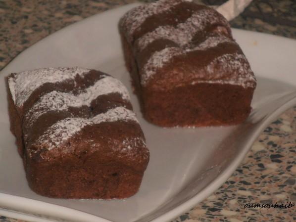 gâteau au chocolat mi-fondant...mi brownie une tuerie!!!