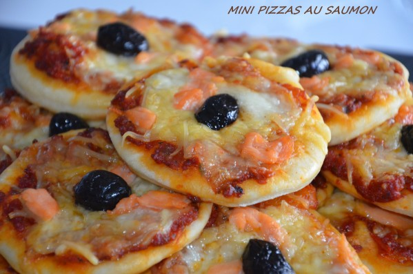 Mini pizzas au saumon fumé