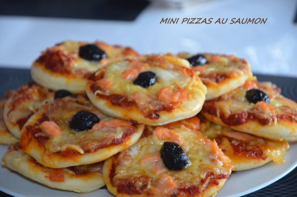 Mini pizza au saumon fumé