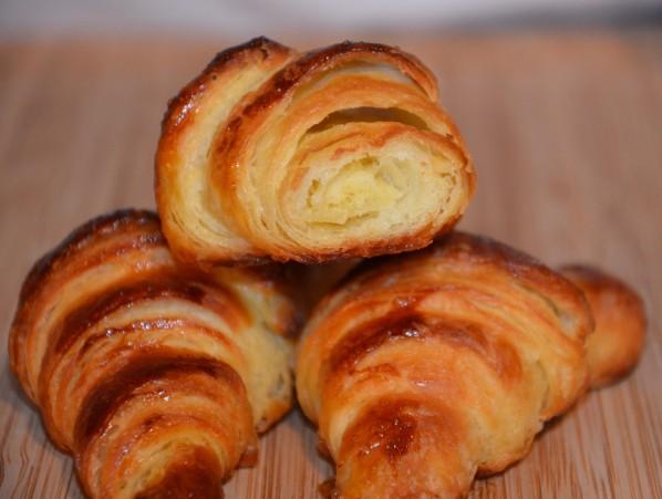 croissant-1.jpg