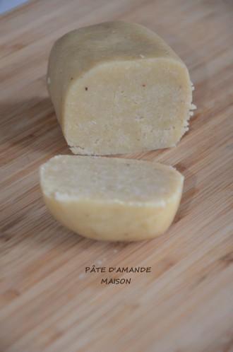 vos gteauxvous pouvez galement la colorerquelques recettes base de pte damandele gteau alcazar de mercottele gteau fondant aux poires - Colorer Pate Amande