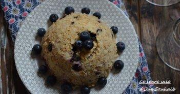 bowl cake lait d'amande et myrtilles