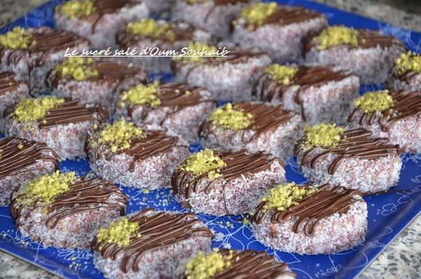 gâteau sablé au cacao en poudre et chocolat pour l'aid biscuit algérien