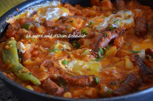 chakchouka aux pommes de terre et merguez - ojja aux pommes de terre merguz- oeuf