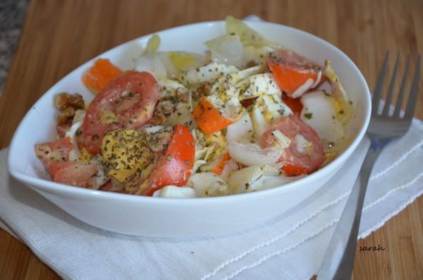 salade d'endive aux noix et vinaigrette aux herbes