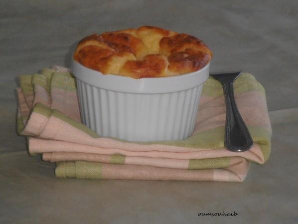 soufflé-de-pommes-de-terre-au-fromage-cheddar