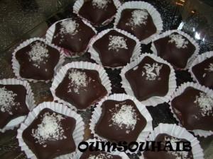 étoile chocolat gâteau algérien confiture et amande cacahuète