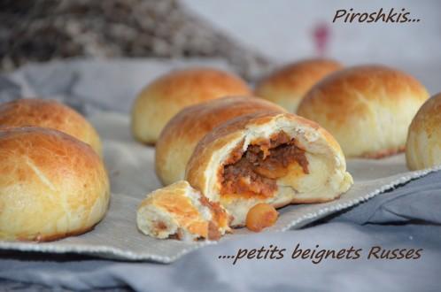 petits pains farcis à la viande hachée, piroshkis russes