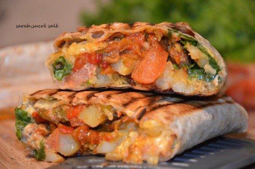 maxi tacos lyonnais viande kofté et hmiss (salade de poivron)