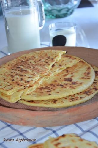 kesra-algerienne galette de semoule pour ramadan