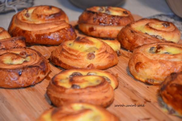 pains aux raisins feuilletés comme chez le boulanger