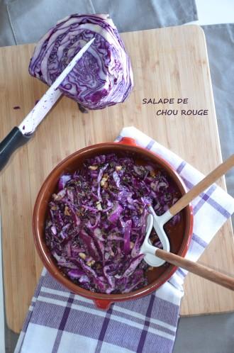 salade de chou rouge aux herbes et aux noix