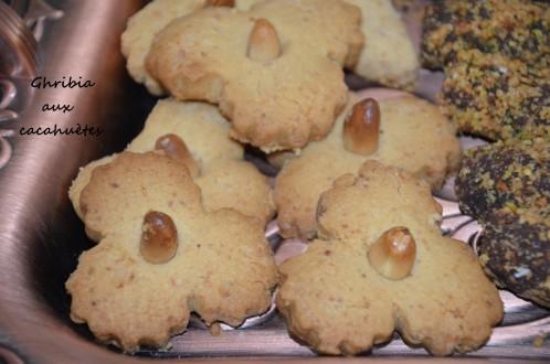 ghribia aux cacahuètes - gateaux algériens ghribia - recette ghribia algerienne au beurre