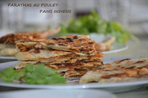Parathas farcis au poulet petits pains indiens