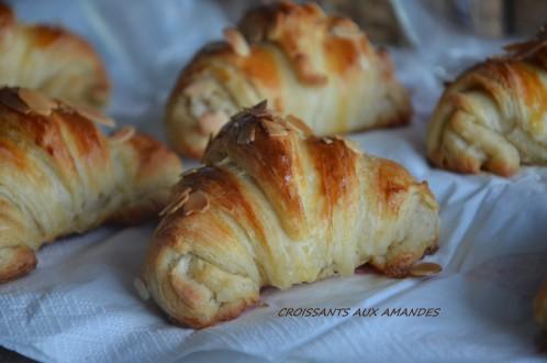 croissants-aux-amandes2.jpg