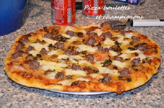 pizza boulette aux herbes et champignons