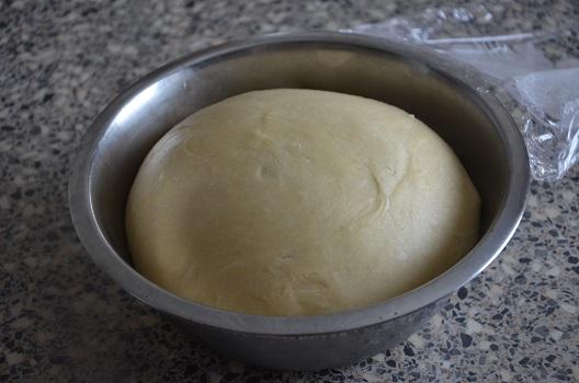 brioche-roulee-au-sucre-perle