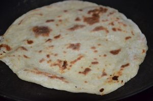 cheese-naan-au-poulet-curry-2