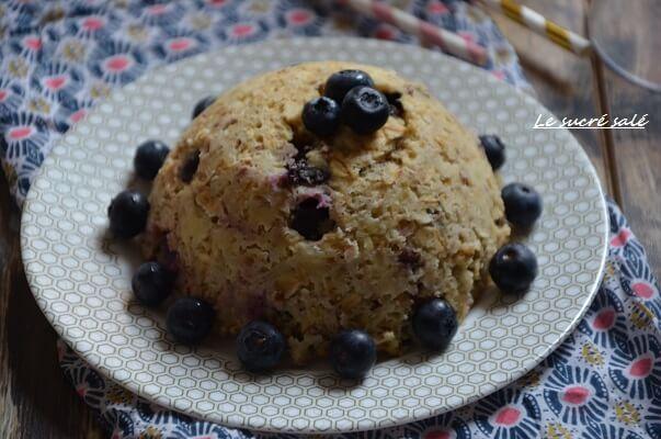 bowl-cake-lait-damande-et-myrtille