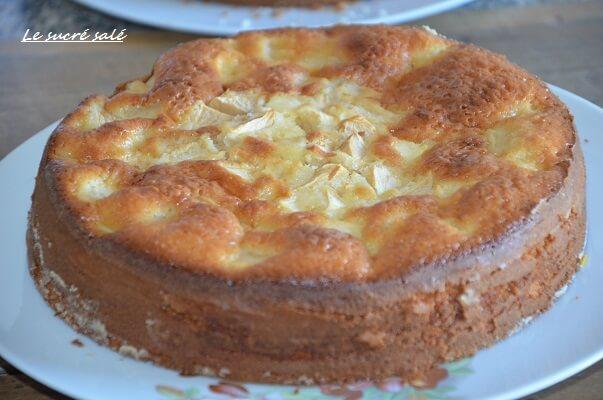 Gateau Au Yaourt Aux Pommes Moelleux Le Sucre Sale D Oum Souhaib