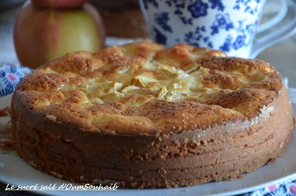 gâteau au yaourt aux pommes moelleux