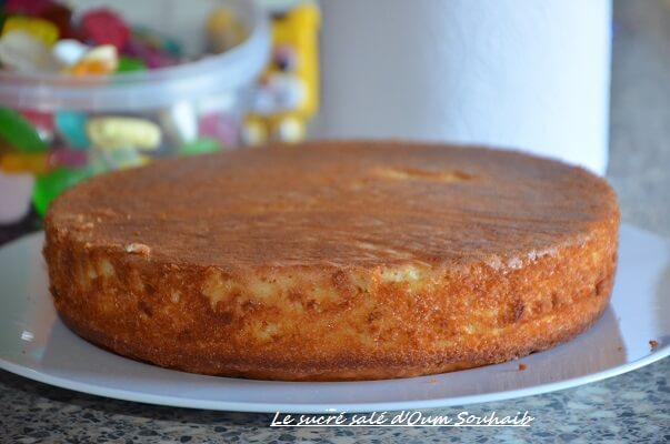 gâteau au yaourt économique ( sans yaourt)- gâteau au yaourt extra moelleux- gâteau sans yaourt