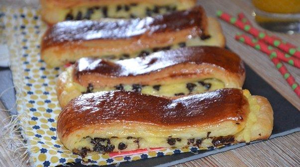 brioche suisse au chocolat et crème pâtissièreche suisse au chocolat et creme patissiere- pain suisse- cravate chocolat -brioche suisse pate feuilletee