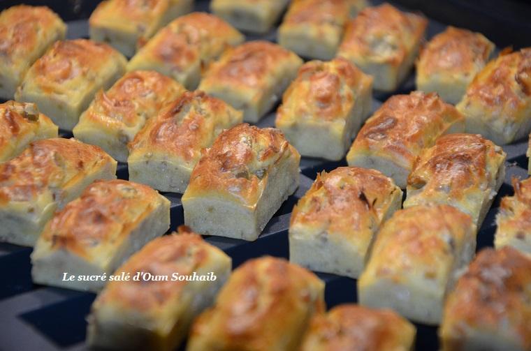 mini cake lardons camembert olives
