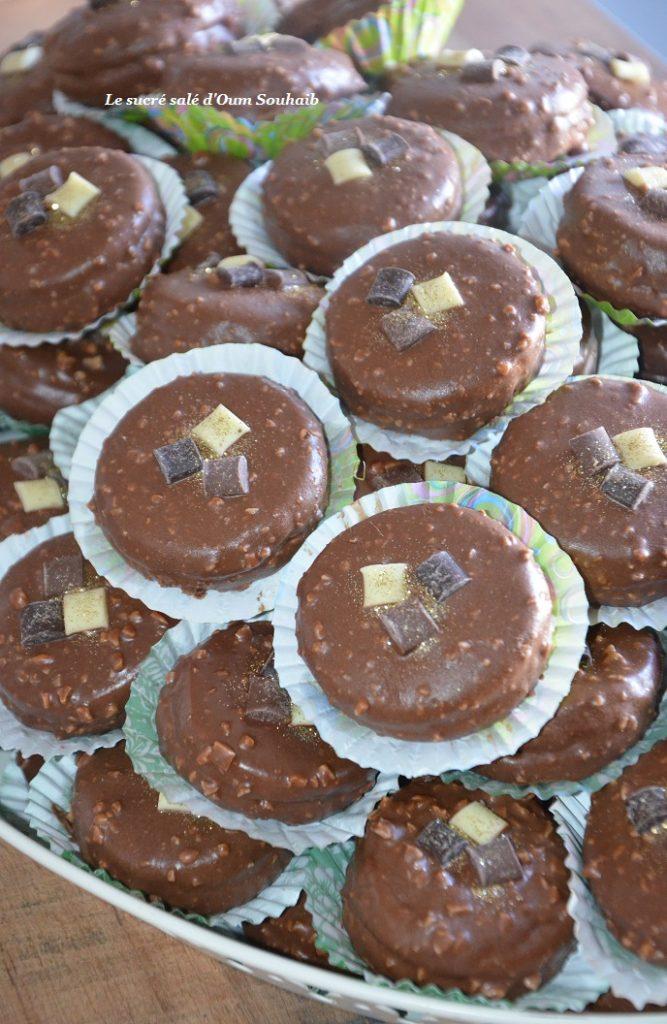 gâteau-au-glaçage-rocher