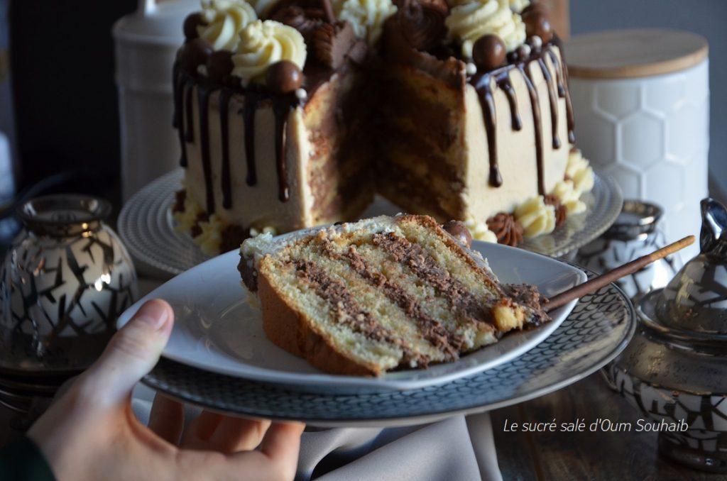 gateau-a-etage-au-chocolat-blanc
