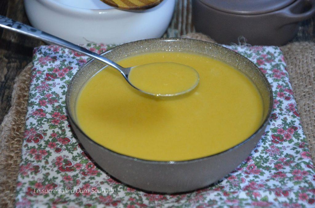 soupe-de-légumes-onctueuse-au-monsieur-cuisine-connect