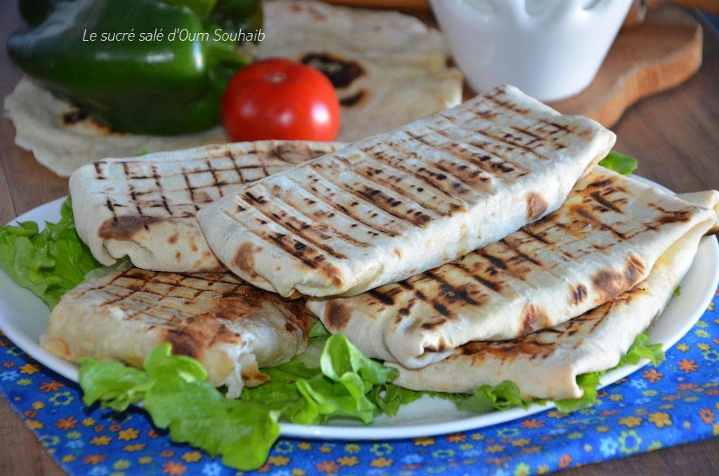 chawarma-au-poulet-le-sandwich-libanais